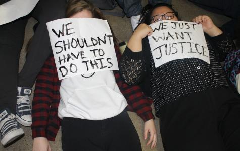 North students hold peaceful protest