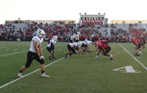 The Polar Bears face off against the Scarlets at Williams Stadium.