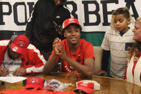 Tyreke Locure signs with University of South Alabama