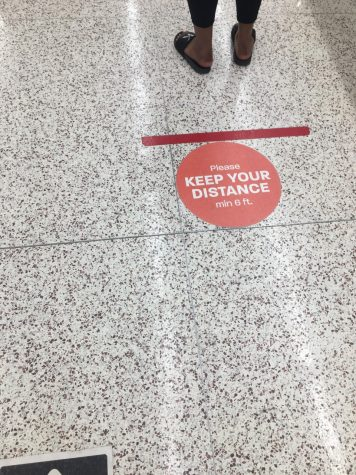 During the COVID-19 pandemic, officials have advised that each person should give at least six feet distance with one another. Hy-Vee has stickers on the floors to help make the need visual.